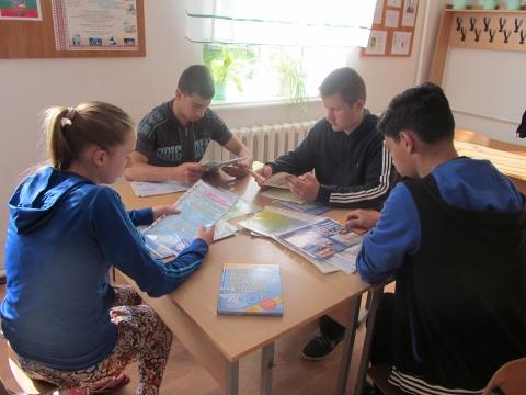 У СЗШ І-ІІІ ст. с. Кузьминці проводяться навчальні екскурсії та практика
